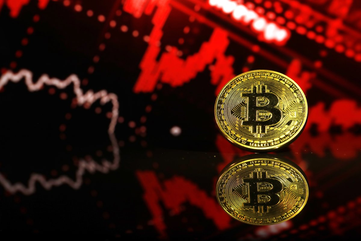@crypto: #Bitcoin's slide toward $30,000 amid China's continued cryptocurrency crackdown is stoking fears of a deeper selloff