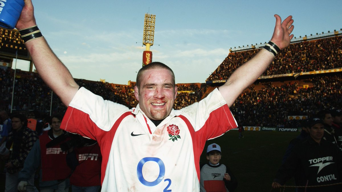 test Twitter Media - The Raging Bull 🐂  #OnThisDay in 2002 @Phil_Vickery captained England for the first time 🌹  Read his thoughts on that day here ➡️ https://t.co/1HqIyItTgV https://t.co/LwjbY1A7KO