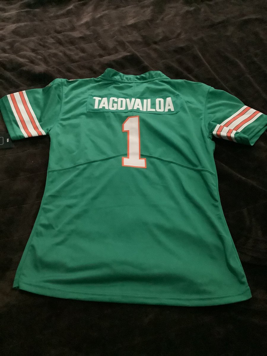 🚨🚨🚨🚨free give away tagovailoa  womens  aqua throwback style  2x.🚨🚨🚨free everything shipping  included. Easy to enter just be following me@JPFscout  subscribe to my YouTube channel in the link in my https://t.co/TOrtk4purL or  message me screenshot  enters you in. https://t.co/X3yZZLeaSy