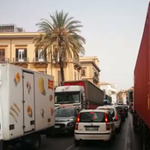 Image for the Tweet beginning: Traffico alle stelle a palermo.