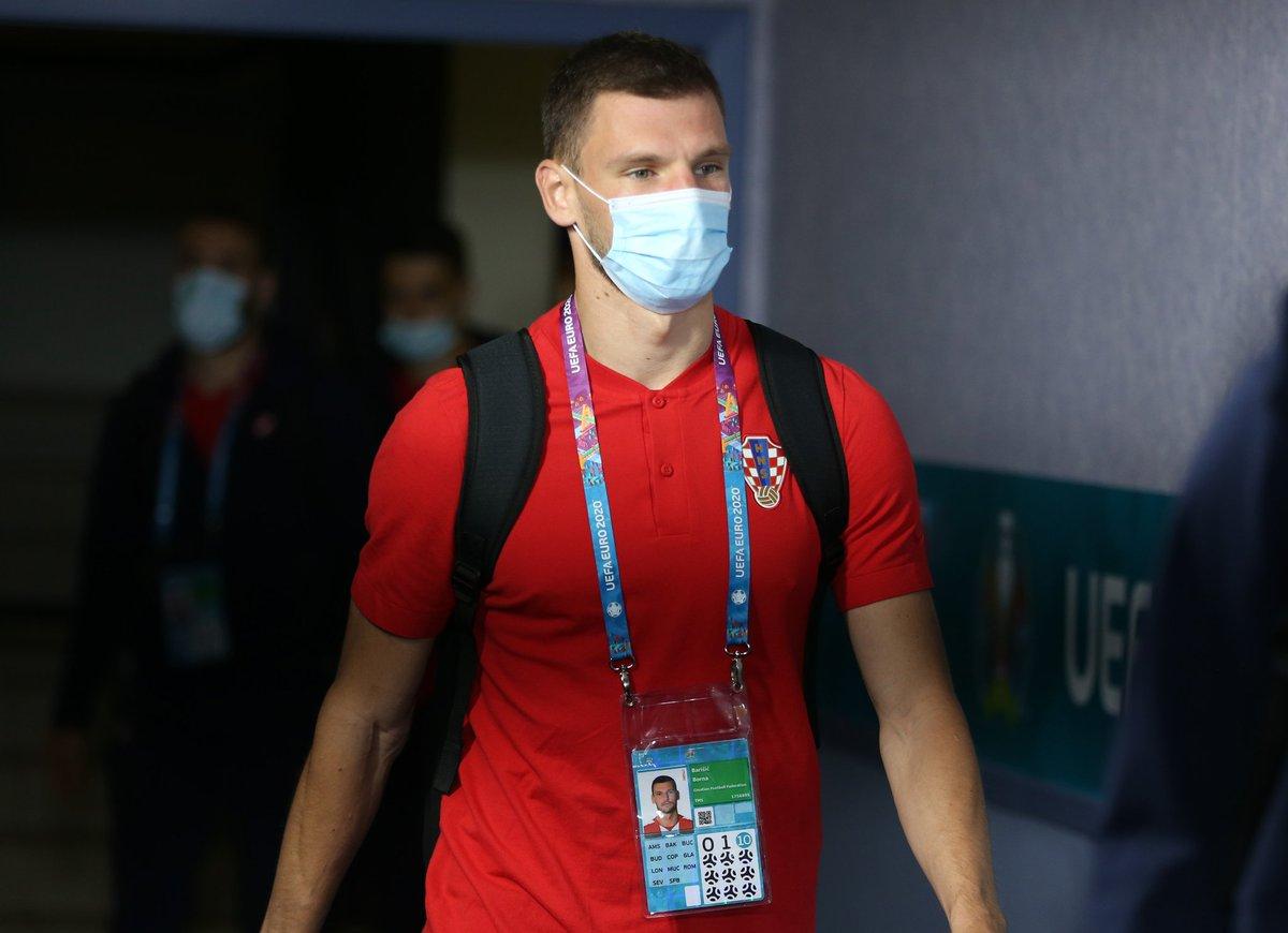 | صور من وصول بعثة منتخب كرواتيا  إلى ملعب