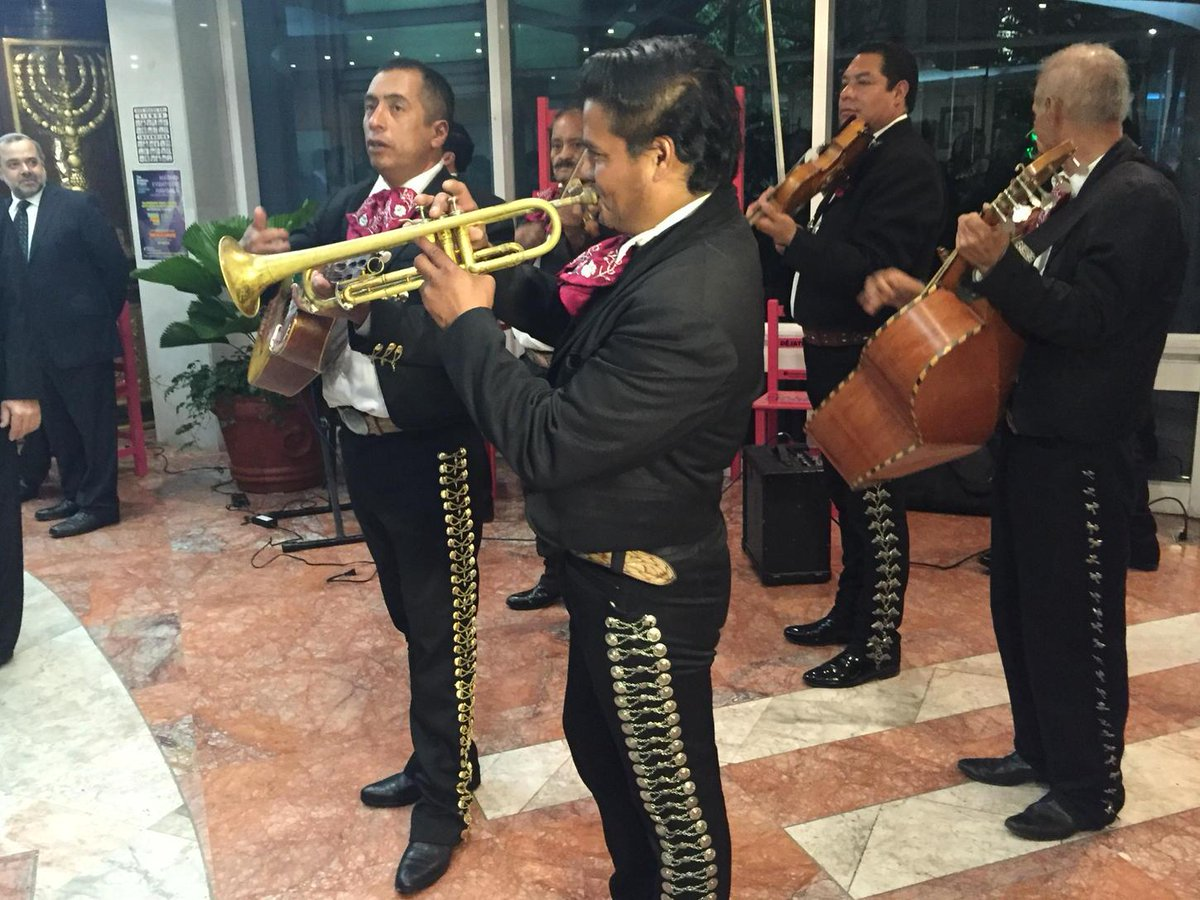 FWIW: One of the best weddings I've ever attended featured mariachis and menorahs ... https://t.co/cSce8yKeuW