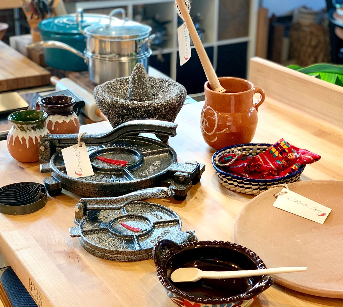 Chef Martin Lopez On Twitter We Are About To Bring You Mexico To Your Table Chef Martin Lopez Kitchenware Food Lineup Https T Co Jl7jtkridu Chefmartinlopez Authentic Mexican Kitchen Spices Ingredients Kitchenware Bakerymixes Https