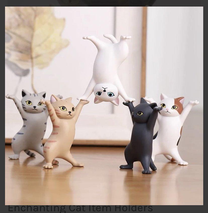 猫のイヤホン置きが、イヤホン以外の使用例が役に立たなさすぎて爆笑w