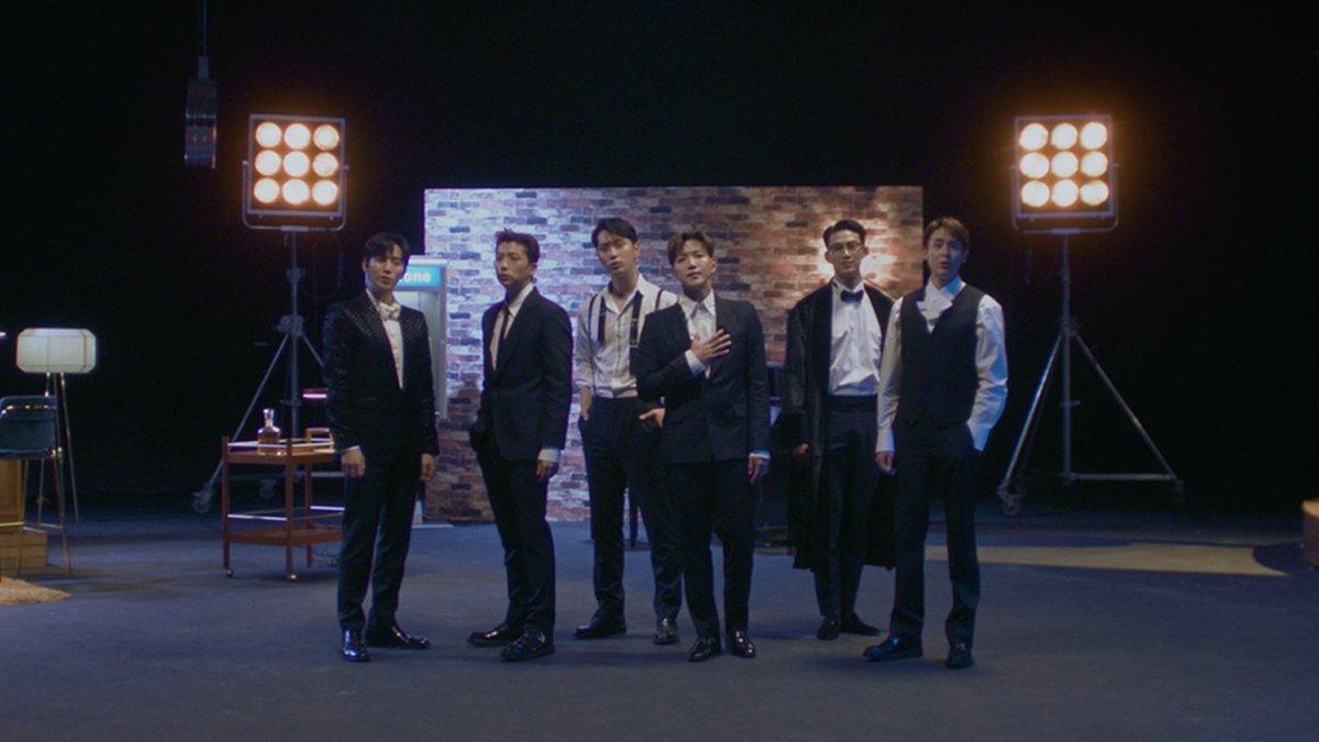 RT @BandwagonAsia: 2PM preview new album 'MUST'  – watch https://t.co/j5wq7hJmux #2PM #투피엠 #MUST #해야해 #Makeit https://t.co/Y5MM8QvoE0