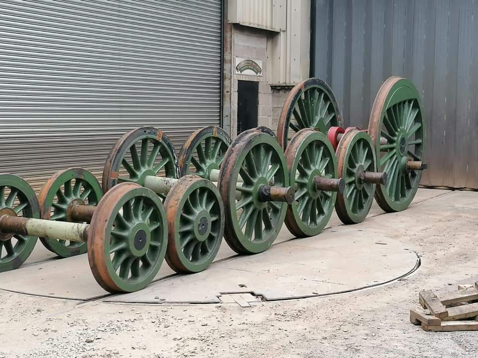 test Twitter Media - Progress with Morayshire's overhaul. Driving axle, bogie wheel sets & tender wheel sets at South Devon to have the journals skimmed & polished. Driving crank pins also needing attention on quartering machine. Trailing drivers are in good condition.   https://t.co/VFHFEtd90h  ^JS https://t.co/FPBBthUZAs