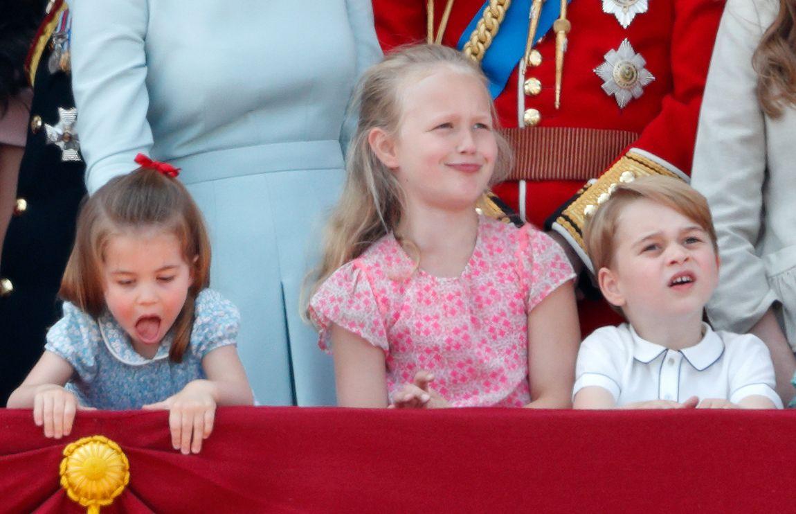 RT @home_nextdoor: 💫🙂 Smiles for Royal fans #PrincessCharlotte Savannah & #PrinceGeorge https://t.co/qb42eqKmJG