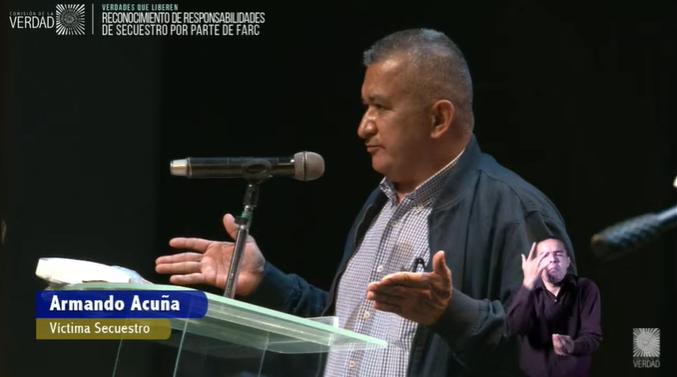 """Angélica Lozano Correa on Twitter: """"""""Soy un humilde campesino que ni finca  tenía. Me decían """"le tocó a usted, tenga paciencia, esta es la guerra"""".  Viví bombardeos, cambuches y lo inhumano del"""