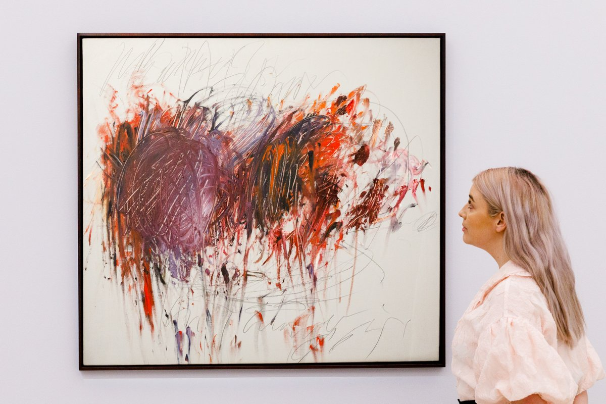 It wasn't just his contemporaries who inspired #CyTwombly's practice, but the classical world in which he immersed himself while living in #Rome....👉 https://t.co/cFWWE3ukGH  #SothebysContemporary https://t.co/1LlfLaZIUo