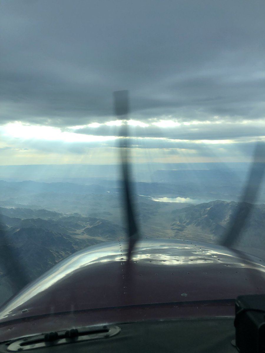 Early morning departure to #Colorado ✈️Вылет ранним утром в штат #Колорадо https://t.co/tqyiZGmGmQ