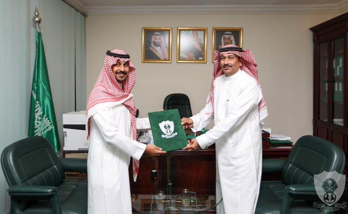 وقع النادي ممثلاً في الرئيس التنفيذي