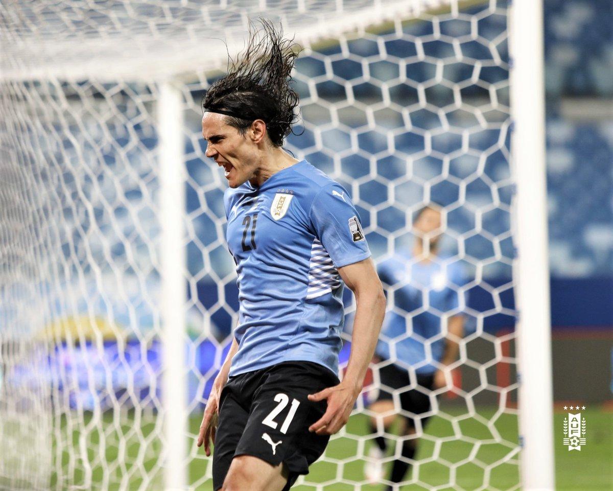 🇺🇾 Love it, @ECavaniOfficial!   #MUFC #CopaAmerica