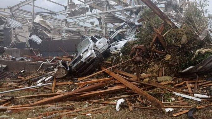 3 dead, hundreds injured by rare tornado in Czech Republic Photo