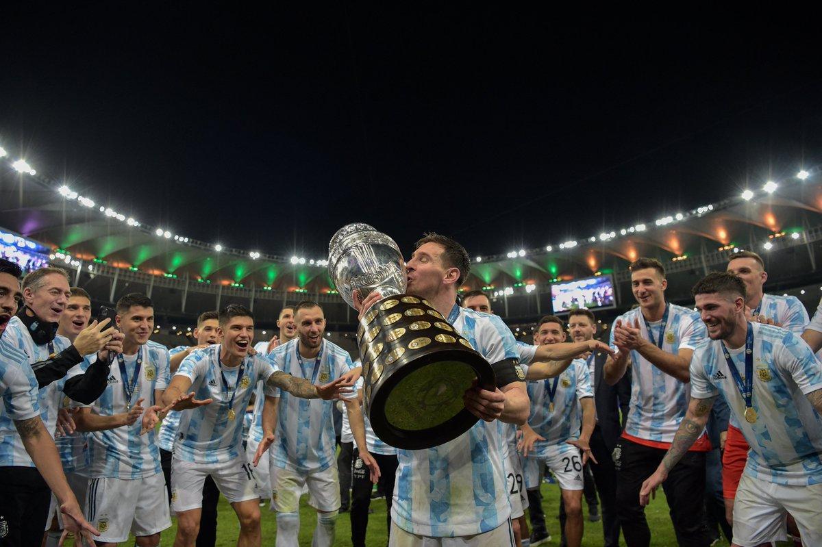 Messi và các đồng đội ĐT Argentina giành ngôi vô địch Copa America 2021