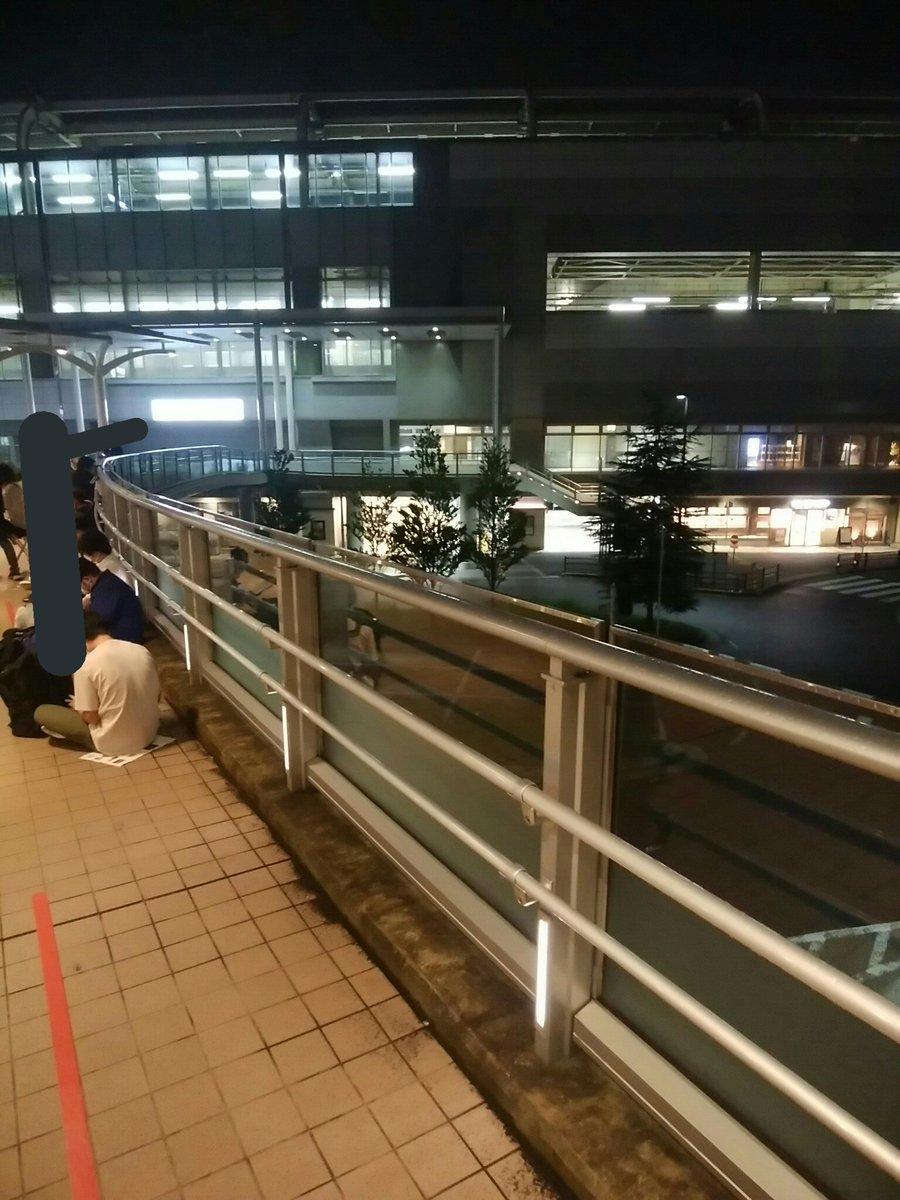 """【徹夜組】京急""""歌う電車""""記念乗車券 前日21時から列ができる"""