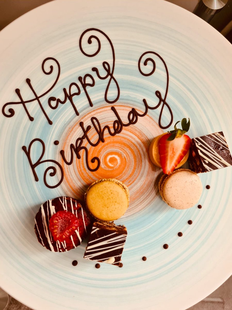 We love helping guests to celebrate occasions https://t.co/uCW6ULizZ1
