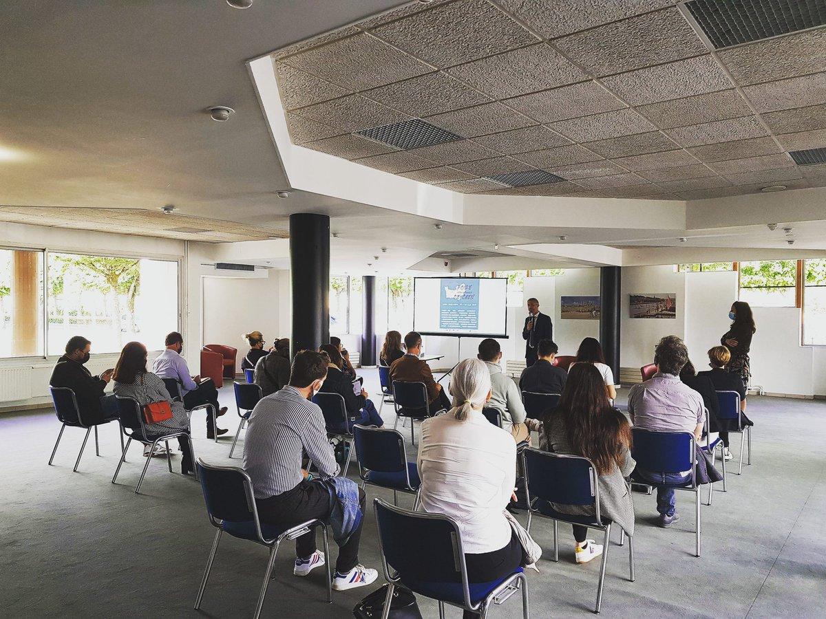 Actuellement, au #centredecongres de #caen, Caen Événements présente la #FoiredeCaen 2021 à la presse.   #foire GL events #caen #commerces #Animations https://t.co/CONgXzwO32