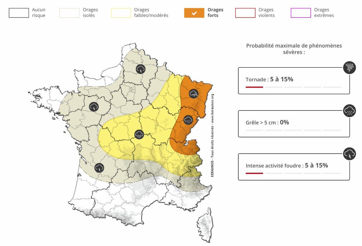 Un risque d'#orages parfois venteux (rafales > 80 km/h), producteurs de fortes pluies et de #grêle, persistera notamment entre #HauteSavoie et frontières allemandes cet après-midi. Bulletin ->