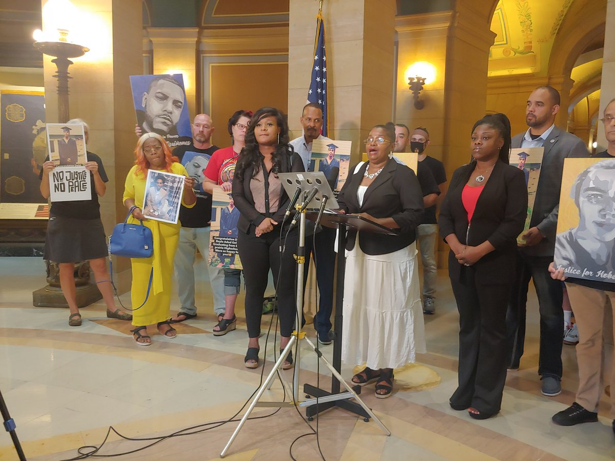 Families and loved ones of George Floyd, Dolal Idd, Brian Quiñones others sharing stories of their loss and calling for Senate to pass police accountability measures as legislators prepare for votes on public safety bill at the Capitol today. https://t.co/C43bYsXget