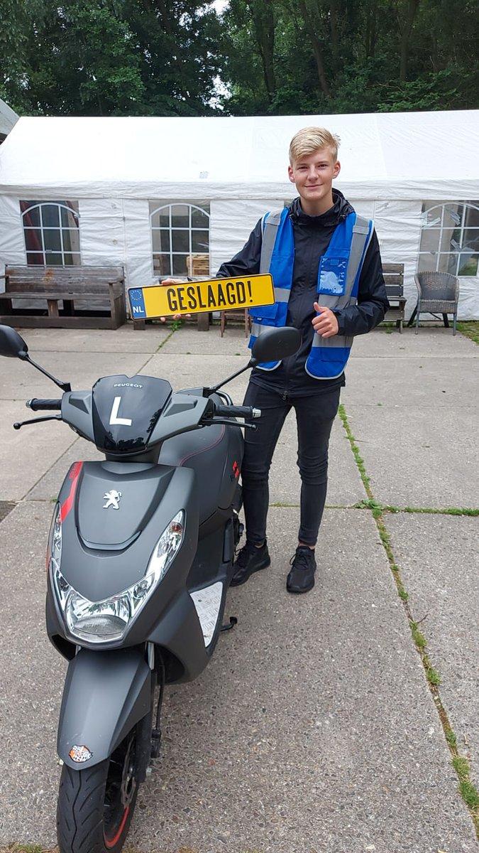 test Twitter Media - Robin Baar van harte gefeliciteerd met het in 1x behalen van je #scooter #rijbewijs #AM2 https://t.co/2oMIYSqcb6