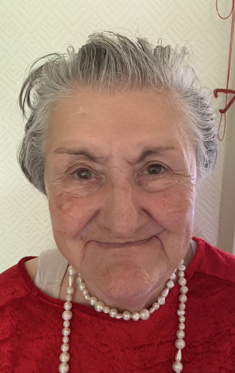 This is my mum, she's 83 and has got dementia. She met my dad in 1962 when she worked for the British Army as a translator. My dad was in the Royal Artillery. They moved back to England in late 1962 and got married. My sister was born in 1963 and I was born in 1966. She worked https://t.co/dX826aQKKm