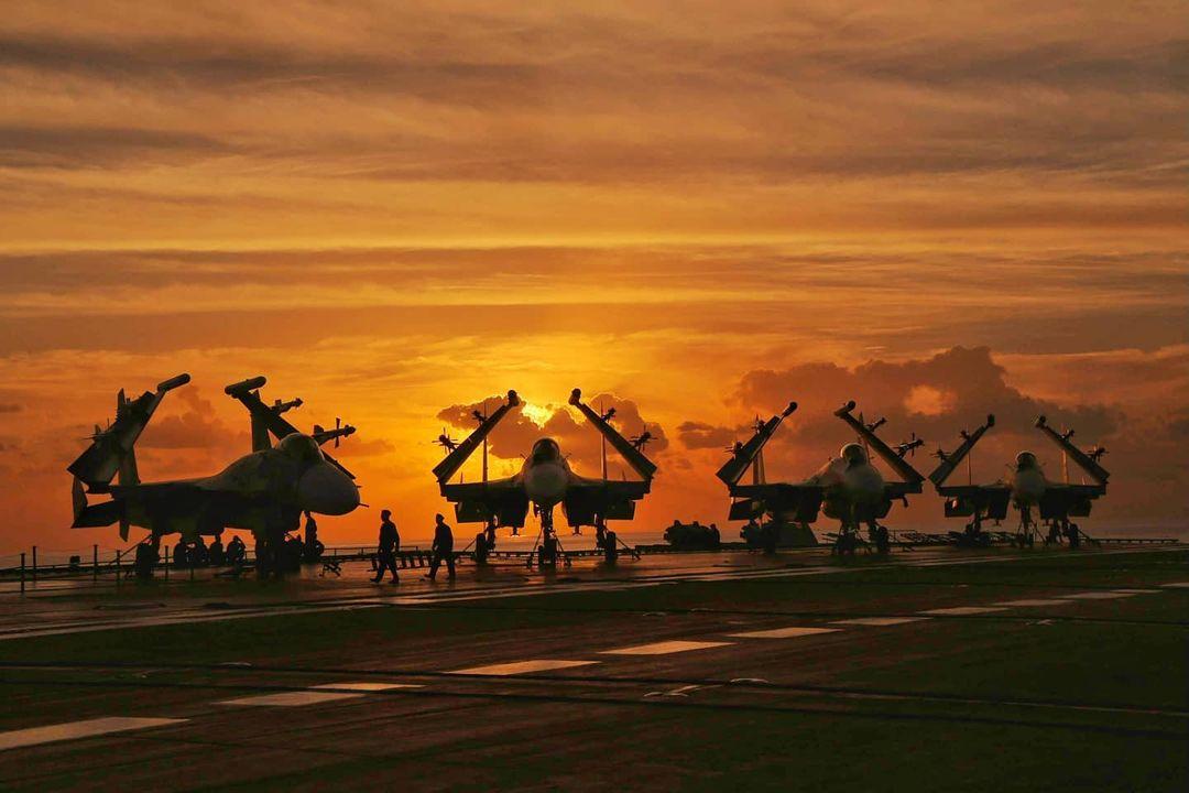 Aircraft Carrier Admiral Kuznetsov: News #2 - Page 40 E5Kz22YWQAAqKXy?format=jpg&name=medium