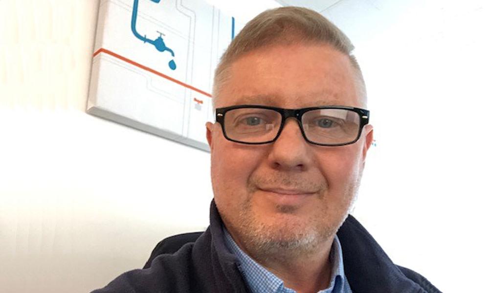 Projektingenjör Mikael Hölttä får årets Xylem-pris för praktiska insatser inom drift och underhåll https://t.co/0hJ7OGnny8 https://t.co/VusVu7wMq5