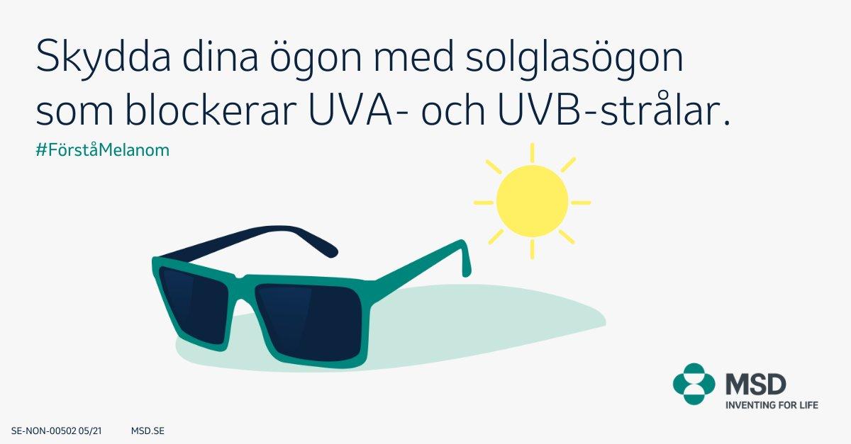 Känner du till hur du kan sänka risken för melanom? Genom att bära solglasögon som blockerar UVA- och UVB-strålar skyddar du dina ögon och den känsliga huden runt ögonen. Läs mer på https://t.co/sw0lOchd1d #Förståmelanom #Melanom #MelanomaAwarenessMonth https://t.co/lWbf7CeBqN
