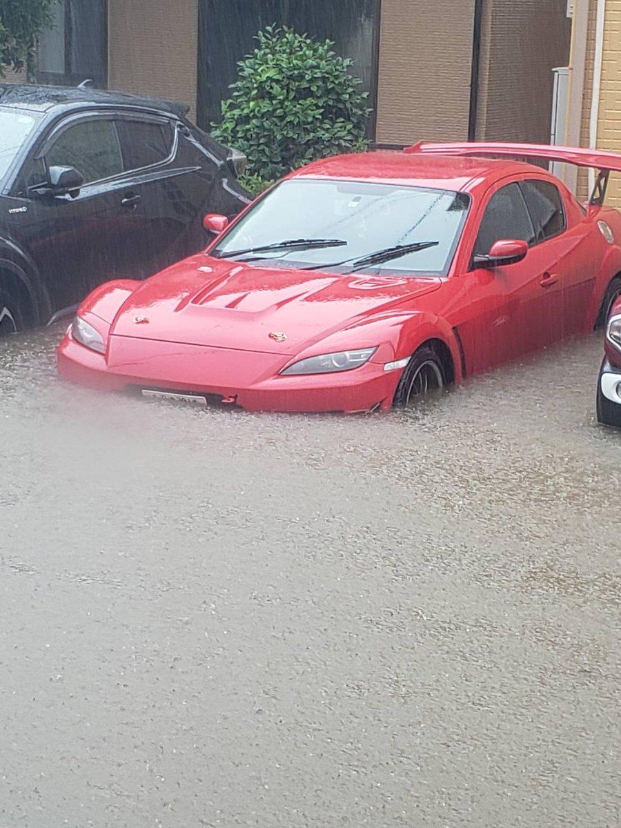 気付いたら大変なことに!?自動車が水没していた!