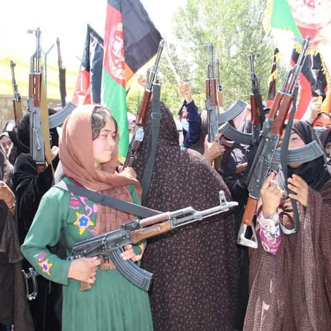 Confundiendo, distorsionando, mintiendo.El  GCI   y  Afganistán E5cdmRNWUAEPUS8?format=jpg&name=small