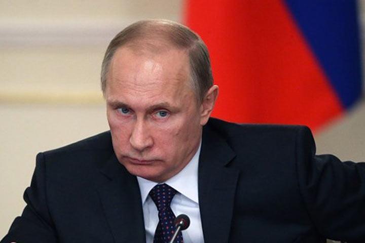 К чему готовится Путин? В резервах России скопилось почти $600 млрд