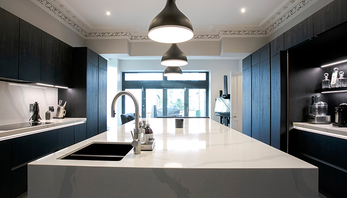 We talk to @willoxdesign to find out how @rotpunktuk helped them meet the brief for an eco-conscious client with a passion for entertaining 👉 ow.ly/okMx50FnOHd #kitchendesign #kbb #retail