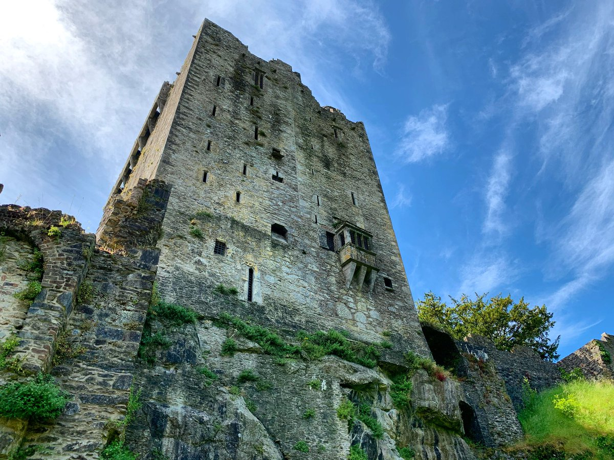 Experience the fascinating history of our beautiful Castle! Built in 1446, it is a towering figure over our 60 acres of beautiful gardens!  #blarneycastleandgardens #purecorkwelcomes #purecork #makeabreakforit #cork #ireland #blarney #castles #walks #follow #pictureoftheday https://t.co/GLHlFtEQYl