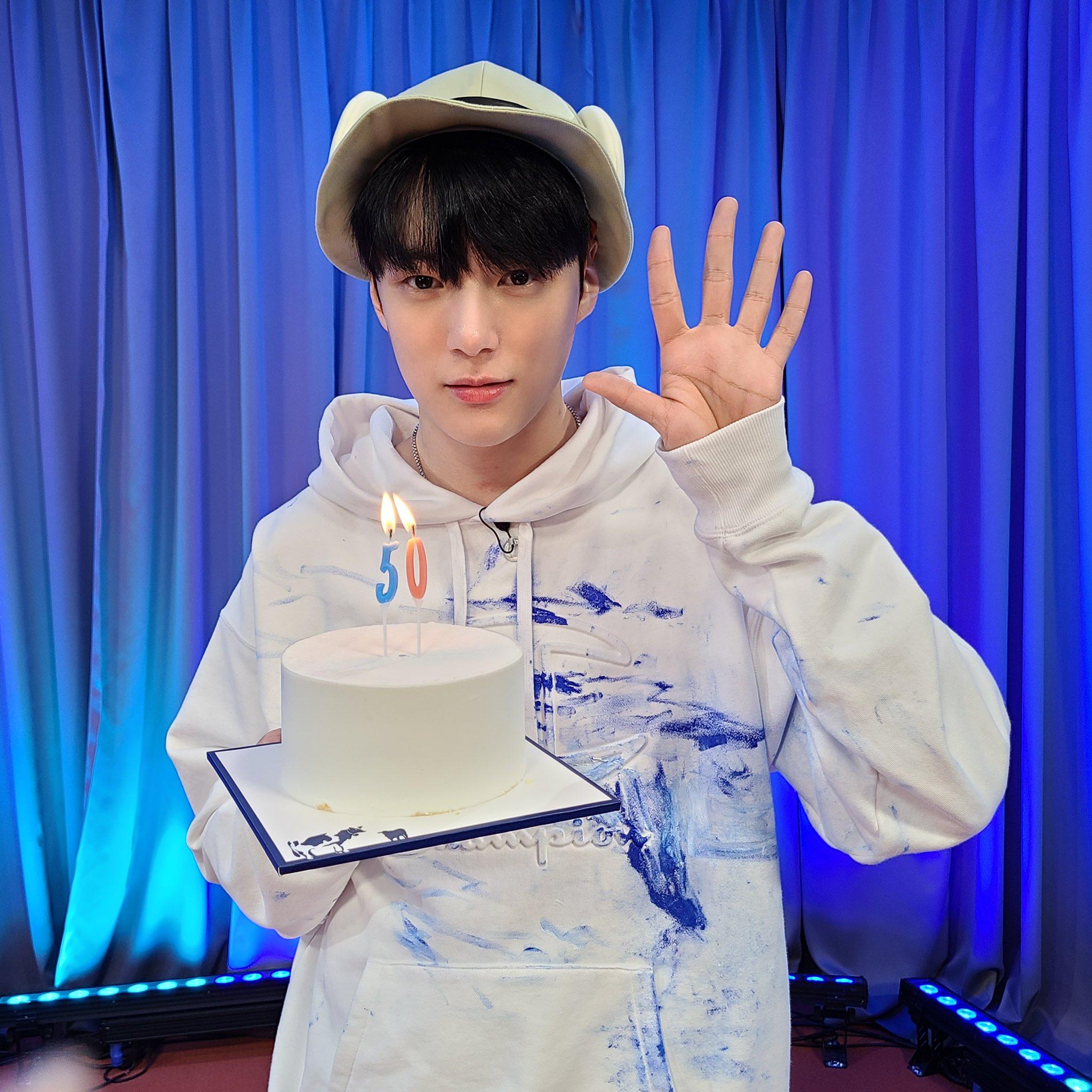 Minhyuk Naver NOW VogueShip Show episode 50