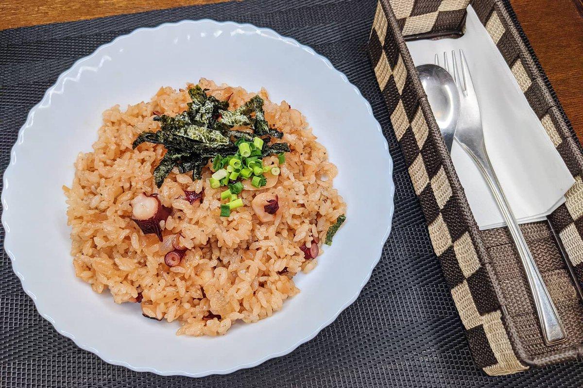フライパンひとつで作れちゃうからお手軽!簡単なのに美味しい、たこ飯レシピ!
