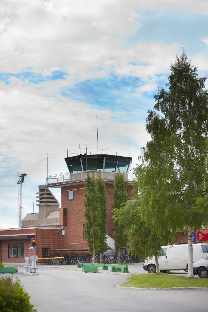 Swedavia deltar i fallstudie av elflyglinje mellan Umeå Airport och Åre Östersund Airport https://t.co/IQzJd2vFE5 https://t.co/uGHO143sof