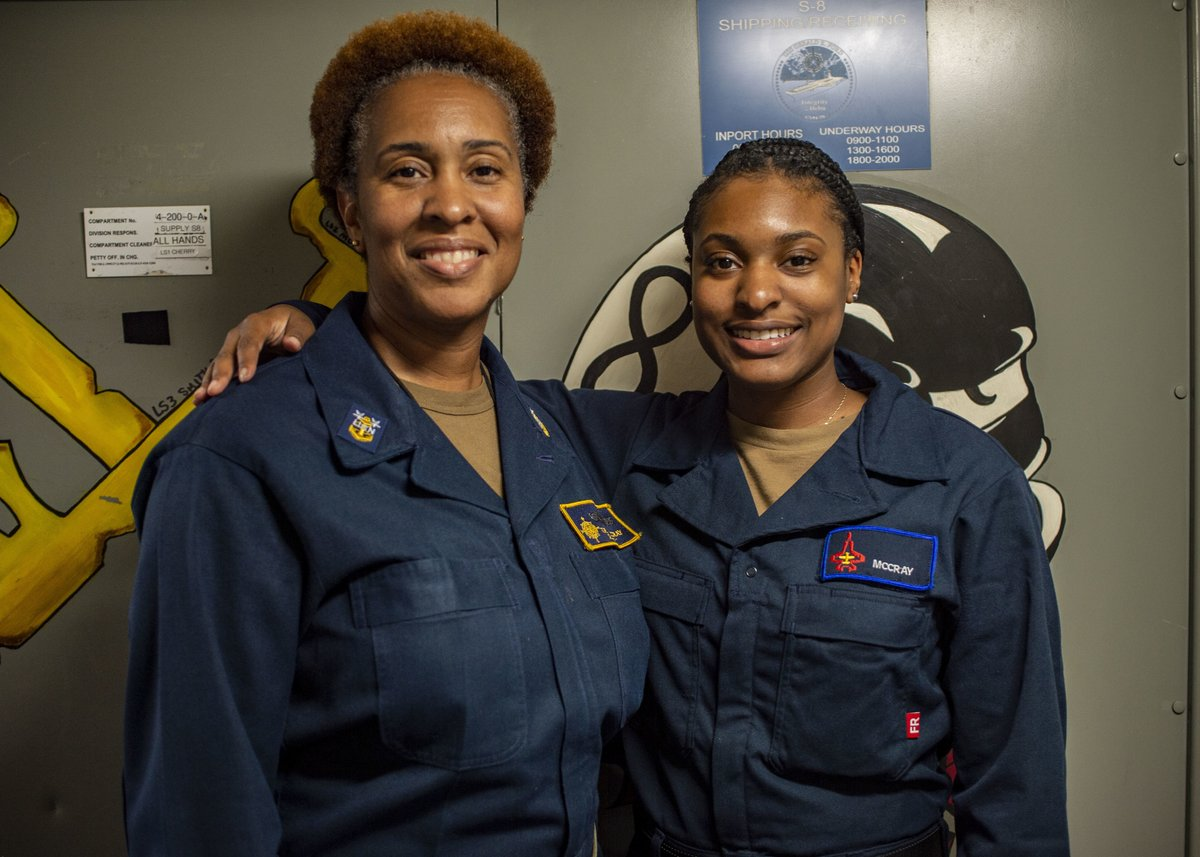 """#FridayFeeling: Master Chief Logistics Specialist (LSCM) Tanya McCray, serves aboard @Warship_78 with her daughter, Racquel McCray.  """"I want her to be better than me; I want her to set her goals higher than mine were. I know she can do it.""""   STORY: https://t.co/BeqbQ7sa99 https://t.co/AajnyWdunh"""