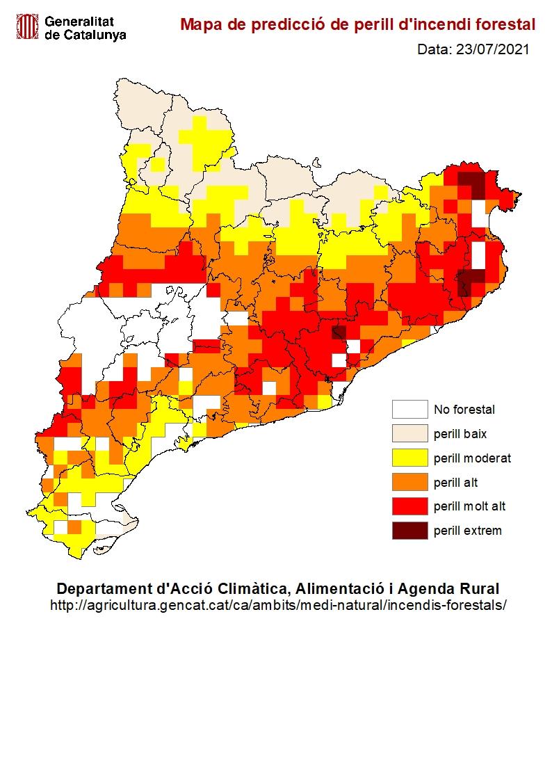 El risc d'incendi segueix sent extrem a Sant Feliu i els munipis de les rodalies. Com a mesura preventiva s'han tallat en les accessos a alguns camins forestals #sfc182