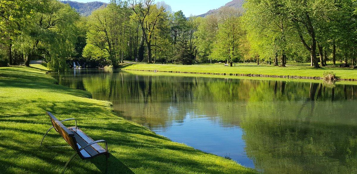 [#gardendays] Un coin de paradis qui invite à la rêverie, à la flânerie, à la détente… #becool #coolingarden #gardendays #cetetejevisitelafrance @domainevizille https://t.co/neGT2IL8B0