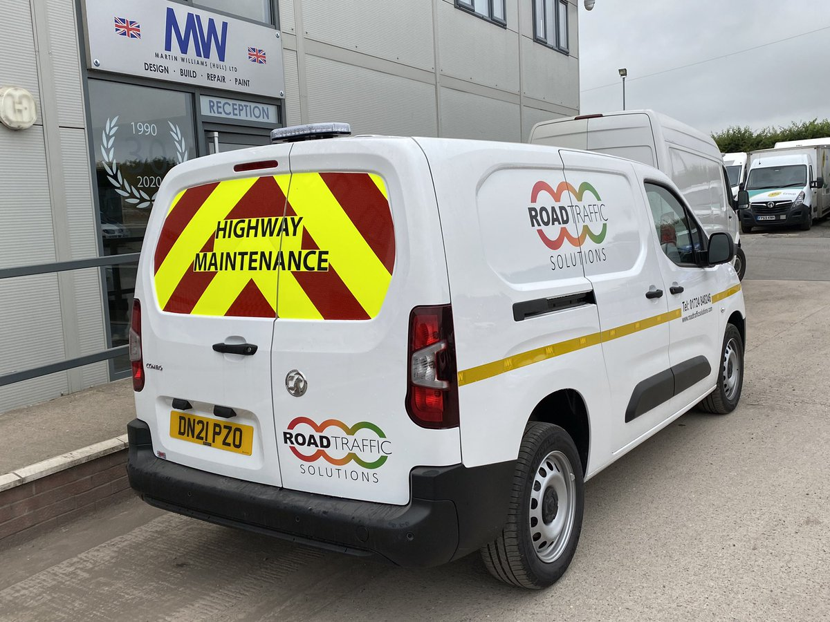 test Twitter Media - Supply & fit of a 360 degree LED flashing beacon, full Chapter 8 compliant livery & @RoadTraffSol corporate livery for customer @BeerhouseUK. No matter the job size we take pride in looking after our good long term customers! #BeerhouseUK #RoadTrafficSolutions #MWGraphics https://t.co/wEcPc7R4Ve