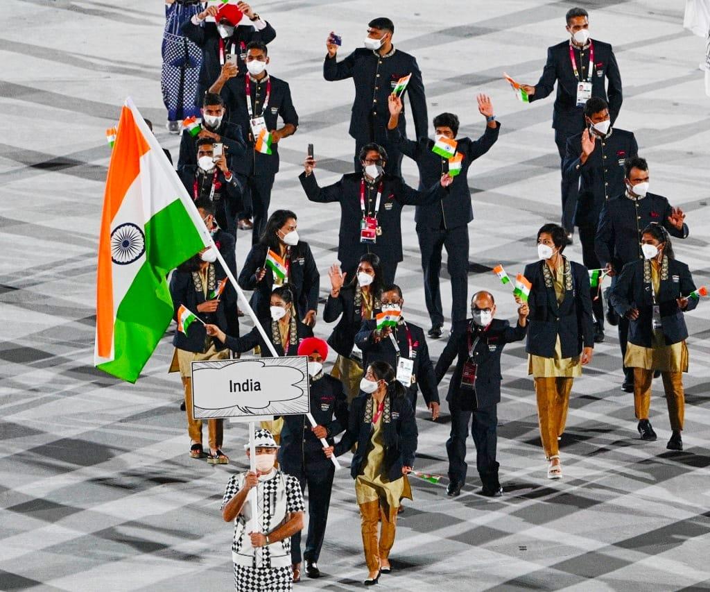 आज से टोक्यो में ओलंपिक की शुरुआत हो गई है। हम सभी भारतवासियों के प्यार और उम्मीदों के साथ हमारे सभी खिलाड़ी अपना सर्वश्रेष्ठ प्रदर्शन कर देश को ज़्यादा से ज़्यादा मेडल दिलाएंगे। टीम इंडिया को बहुत-बहुत शुभकामनाएं।   #Cheer4India #WeAreTeamIndia https://t.co/CxoVk657oC