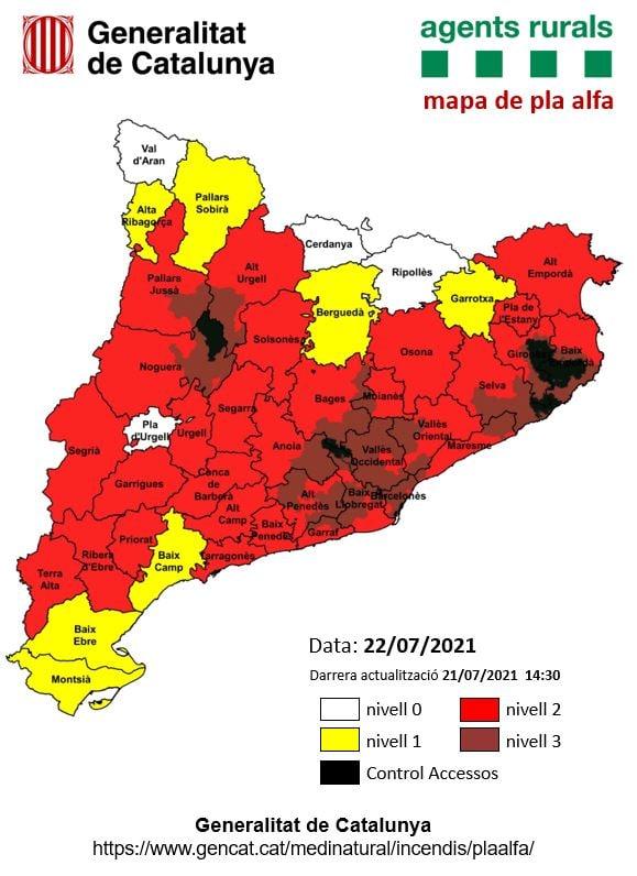 ⚠️ Sant Feliu, Gallifa i altres municipis de l'entorn passen demà al màxim nivell de risc d'incendi forestal, segons el Pla Alfa dels Agents Rurals. 👉 Es demana extremar al màxim les precaucions.  #sfc182