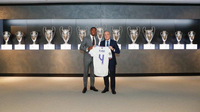 RASMI: Real Madrid Oo Shaacisay Lambarka Uu David Alaba U Xidhan Doono Kooxda