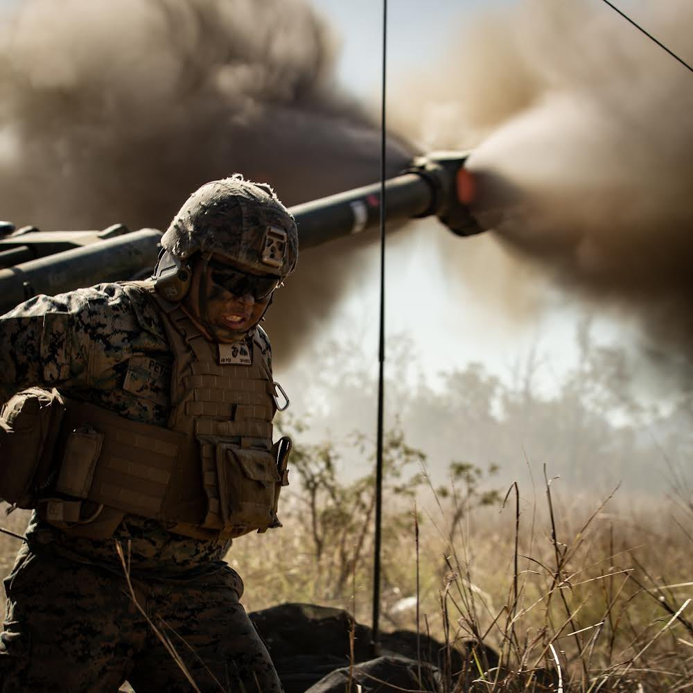 Marines with the @31stMeu , attached to 3rd Marine Division during Exercise @TalismanSabre 2021, fire M777A2 Howitzers during a live-fire exercise in Australia.   #freeandopenindopacific #fightnow https://t.co/7KgRT9LnOe