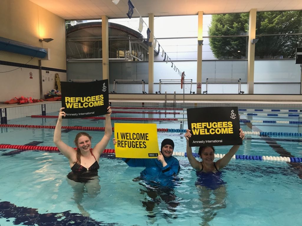 Throwback to July 21st 2018 when we swam together as a group (Amnesty Croydon and supporters) the equivalent distance of Turkey to Lesbos to raise awareness of the plight of refugees and fundraise for @AmnestyUK #throwbacktuesday #RefugeesWelcome https://t.co/Db8K543KgP