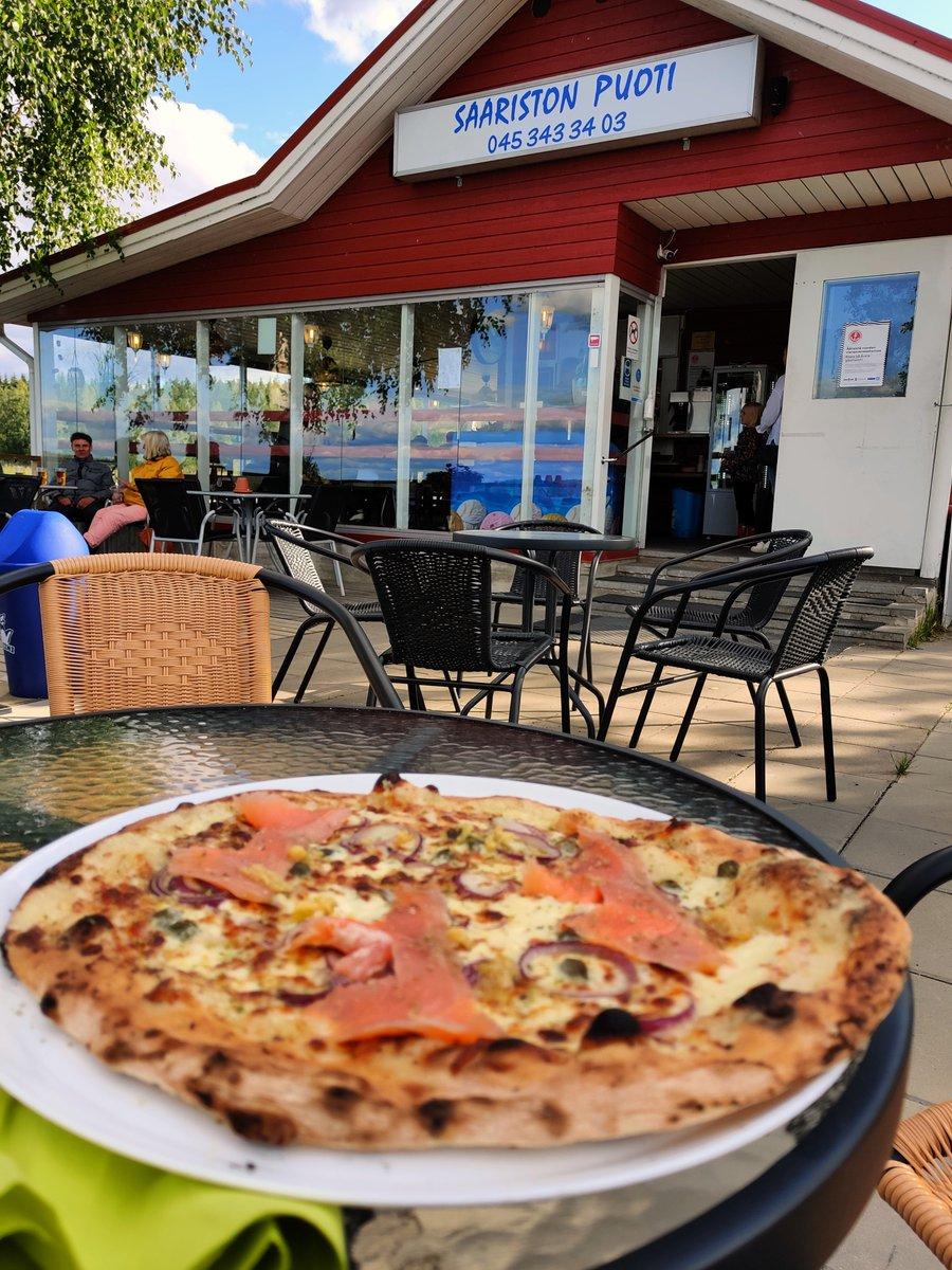 Testattu pizza  #saaristonpuoti #liperi #kylmäsavulohi Oli muuten hyvä😋6/5 https://t.co/FPZW6Xh71f