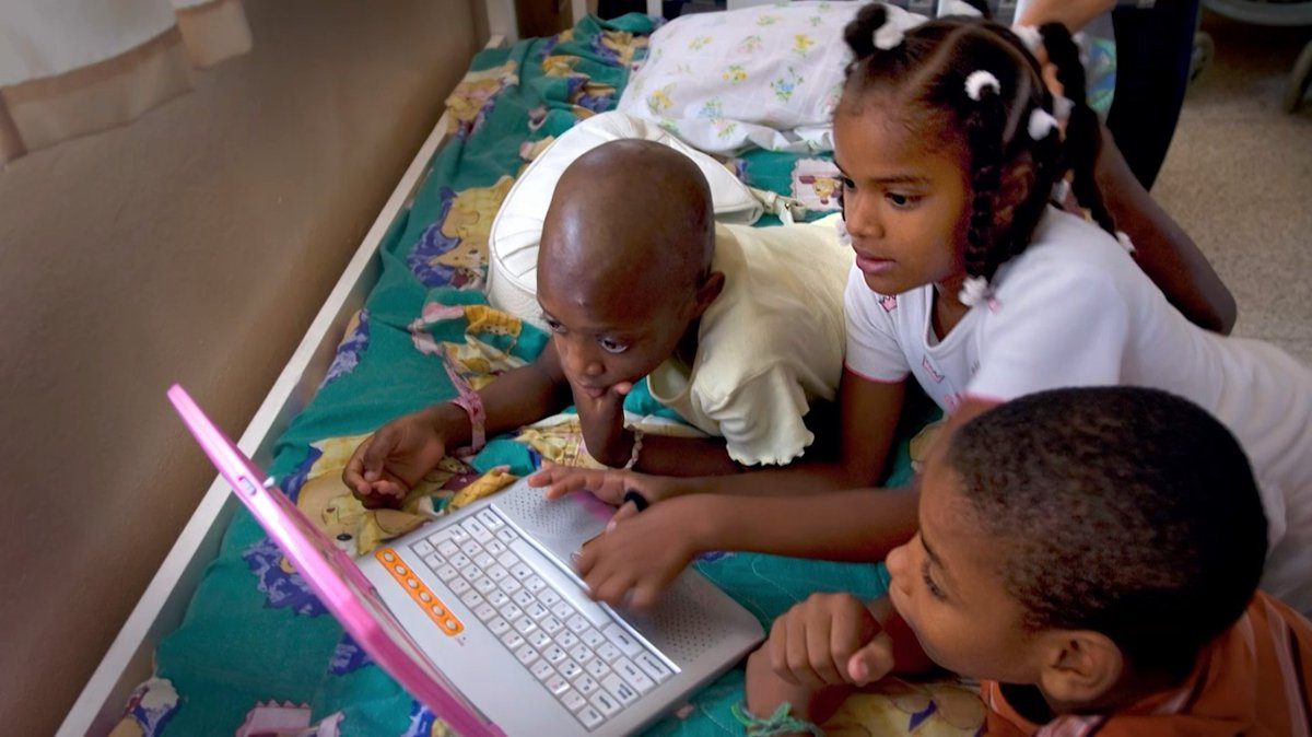 Help us close the digital divide and provide communities in need with affordable access to Internet. You or someone you know could be eligible for a discount.  Visit https://t.co/fVQuhZOaIa or call 833-511-0311. #InspireChange  @FCC @MJD @PatrickMLaird https://t.co/96dBc9cka1
