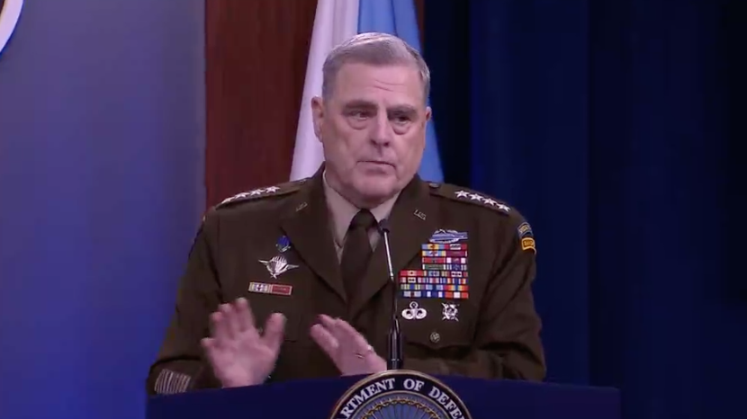 """In his first public comments since reports of concerns about Trump and a coup, Milley says he's won't comment on books but, """"Let me just say this: I always personally provided the best military professional advice to President Trump previously, to President Biden or any other.."""" https://t.co/jZh37kHogo"""