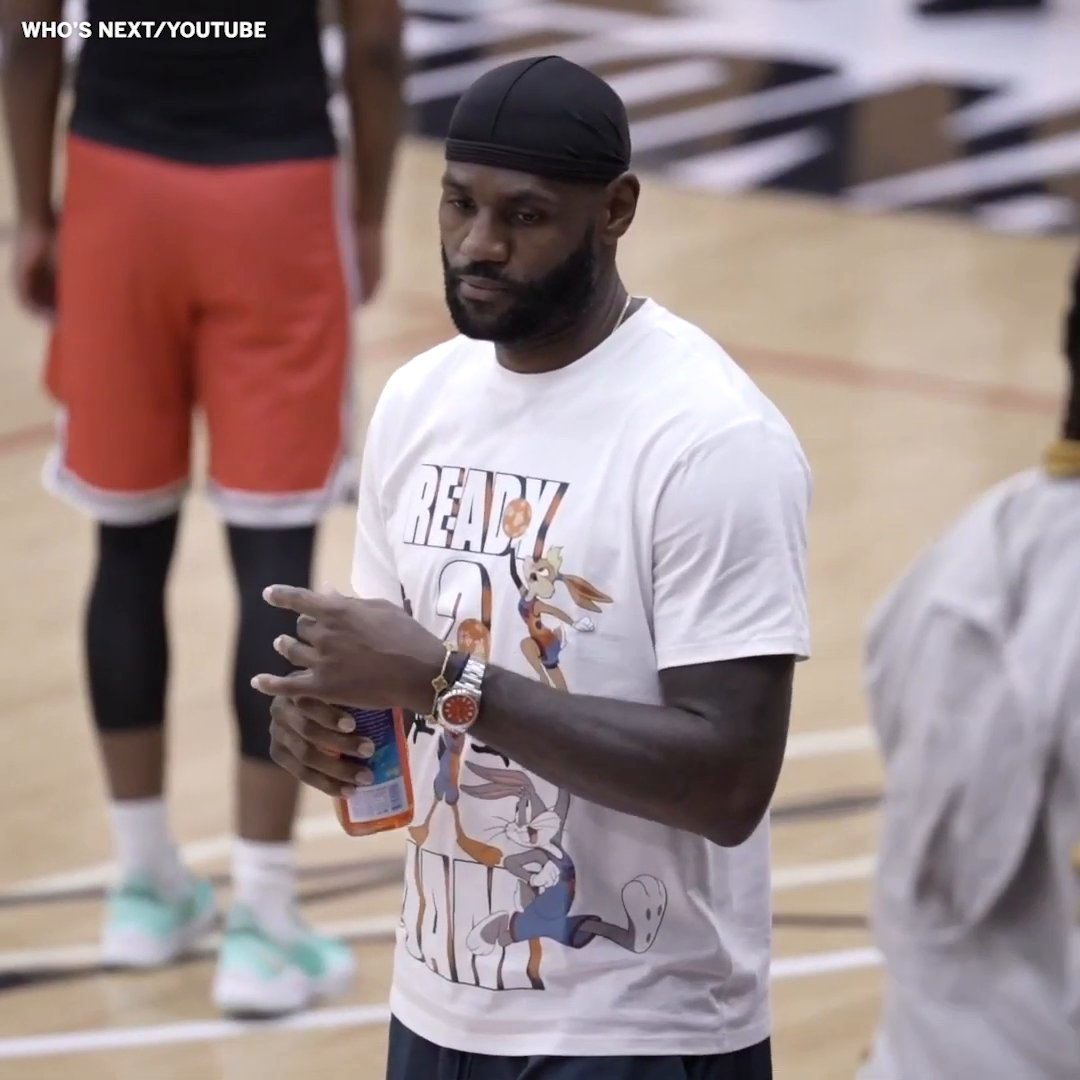 BRONNY VS. EMONI 🍿   Emoni Bates, the No. 1 ranked player in the Class of '22, put on a show with LeBron in attendance 👀   (via @WhosNextHS) https://t.co/bidqBtNCUh