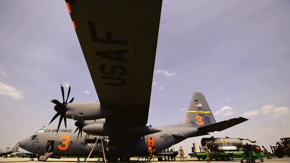 Staff Sgt. Kevin Gregg, a loadmaster with the @wyoguard, shares what it's like being part of a MAFFS (Modular Airborne Fire Fighting System) activated C-130 Hercules aircraft. https://t.co/klqRSTyvWK